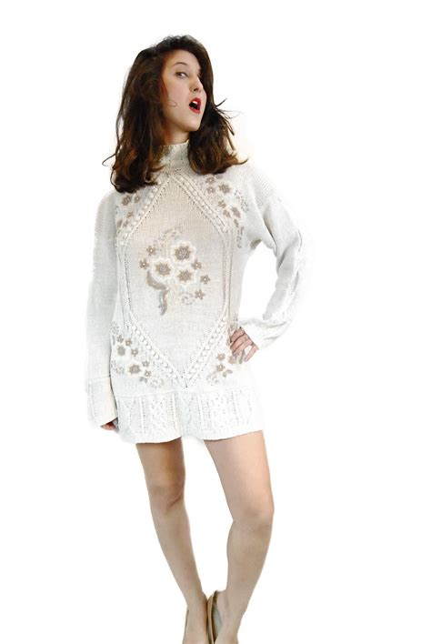 Vintage oversize showy sweater dress from the 1980's