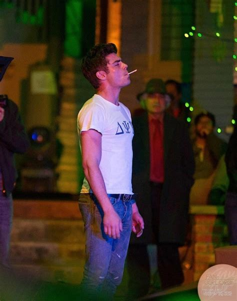 Zac Efron smoking weed and getting arrested - Oh No They