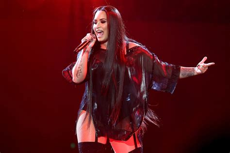 Demi Lovato Announces She'll Be Performing at the Grammys