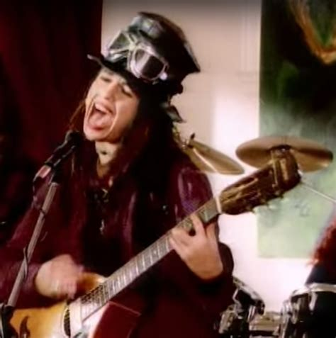 Video - 4 Non Blondes - What's Up