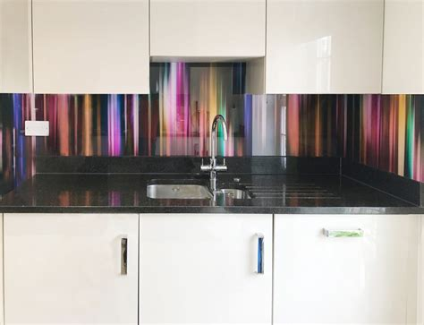Glass splashbacks and wall coverings manufacturer