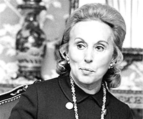 Estee Lauder Biography - Facts, Childhood, Family Life of