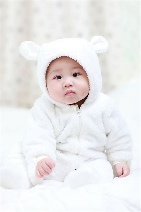 20 Baby Boy Names — Best Baby Name Ideas for Boys