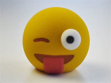 3D Emoji Winking with Tongue Out (URKLR69DX) by MakeMode