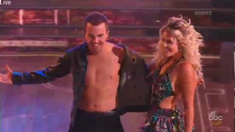 (HD) Frankie Muniz and Witney Carson - Dancing With the