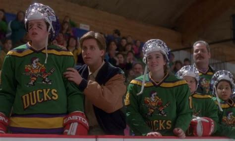 Review 800! The Mighty Ducks (1992) – Views from the Sofa