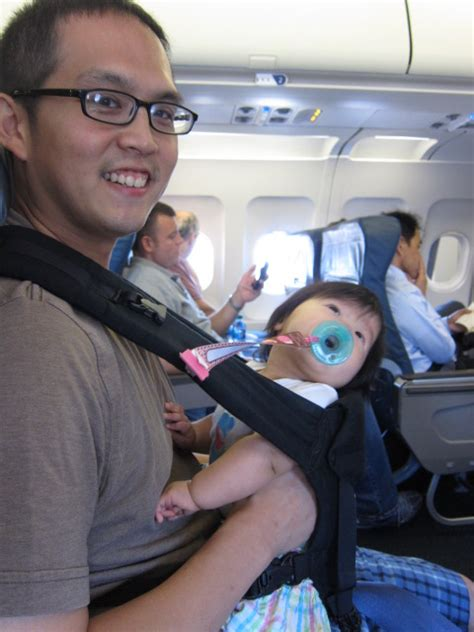 Baggage Charges for Infants and Toddlers - A Guide