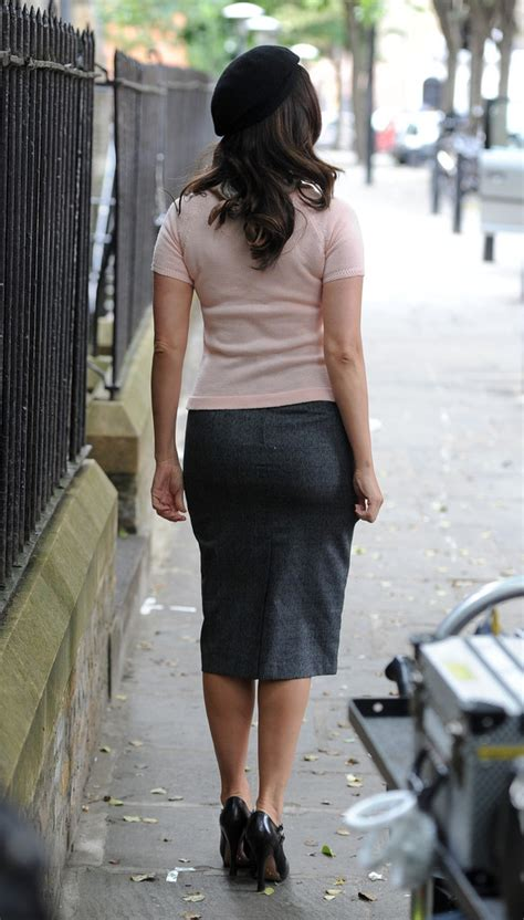 More Pics of Kelly Brook Pencil Skirt (12 of 18) - Dresses