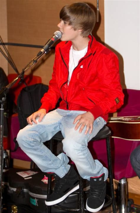 Justin Bieber Pictures: Too Cute To Be True? - The