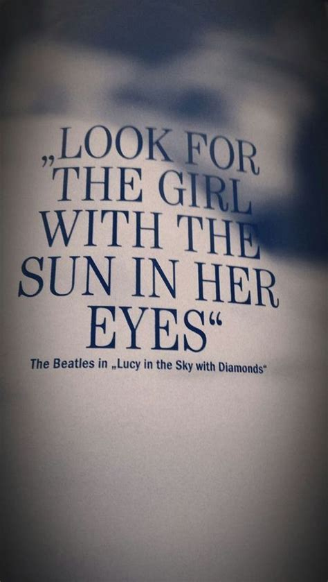 lucy in the sky with diamonds / the beatles   Beatles